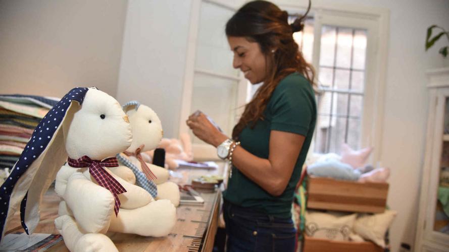 Emprendedoras y mamás: dos mujeres que dieron el volantazo laboral por sus hijos