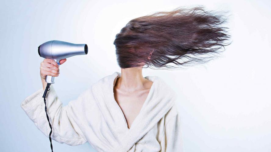 ¿Pelo fino? Trucos sencillos para aportarle más volumen a tu cabellera
