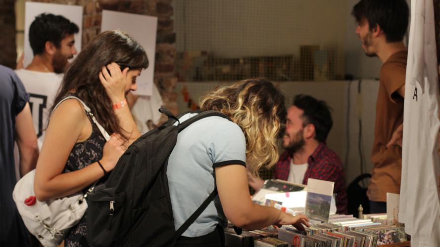 Para emprendedores creativos: exponé y vendé en Núcleo, un mercado de diseño genial