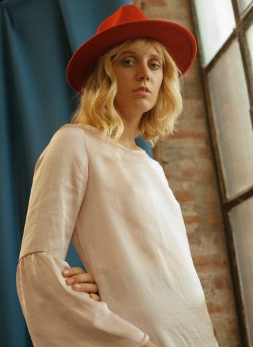 Una marca cordobesa te propone vestir con romanticismo este invierno