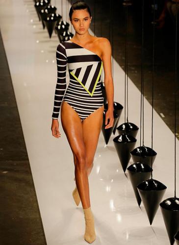 Chau hilo dental: mirá el exquisito diseño brasileño en trajes de baño