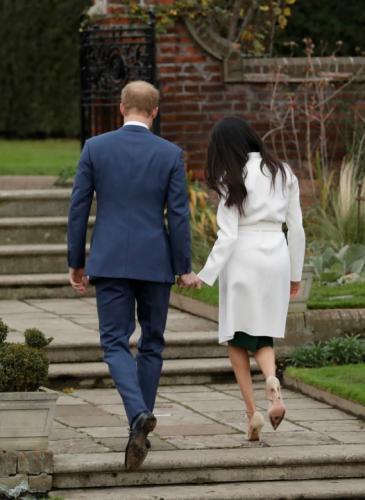 El álbum de amor de Meghan Markle y el príncipe Harry, con looks perfectos