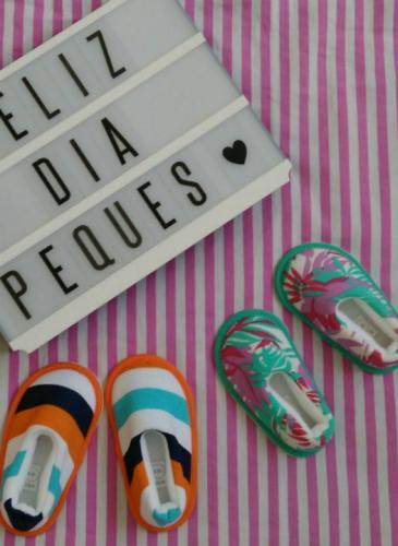 Emprendedores de Río Tercero hacen lo que tanto soñamos: pantuflas para salir a la calle