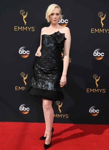 ¡Votá tus favoritas! Elegí los mejores looks de los Emmy's 2016