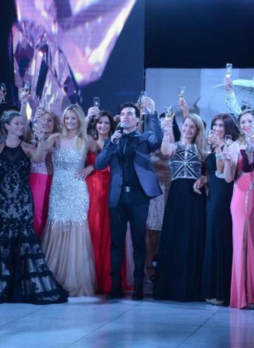 Córdoba se viste de gala, y es solidaria