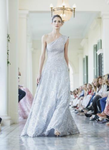 Cuánto cuestan los vestidos del diseñador favorito de Juliana Awada