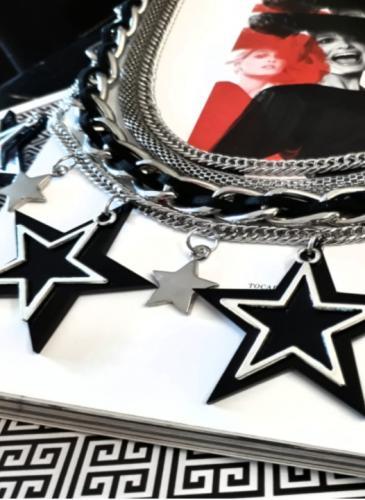 Accesorios de bijou que parecen joyas, y se hacen en Córdoba
