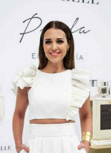 El look de una chica Velvet en la presentación de su nuevo perfume