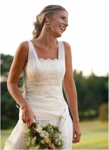 Inspirada por su madre, se convirtió en la diseñadora favorita de las novias cordobesas