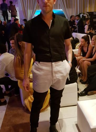 Los Hecatombe! brillaron con sus looks en la apertura de temporada de Carlos Paz