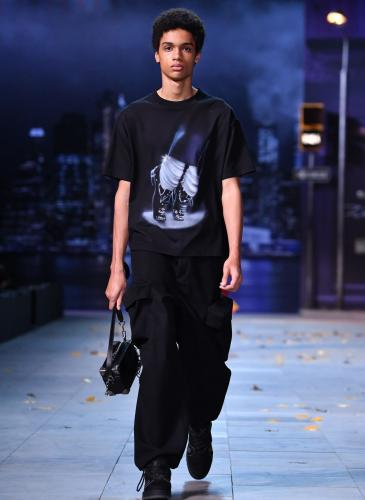 Louis Vuitton elimina las referencias a Michael Jackson de su última colección