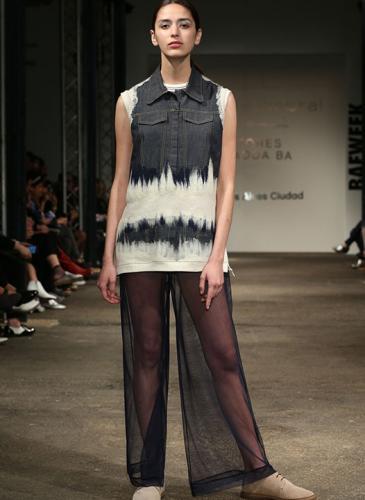 Nuevo diseño argentino: vestidos con paisajes de la Patagonia y telas sorprendentes