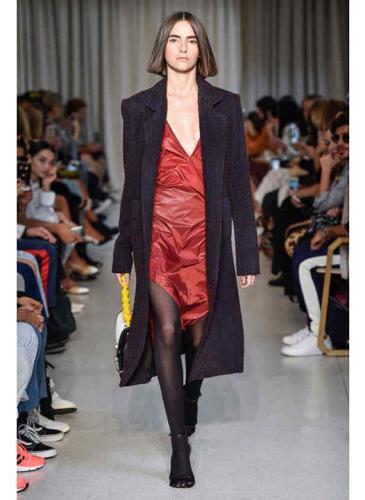 Brillos, texturas y lujo sustentable en la apertura del San Pablo Fashion Week