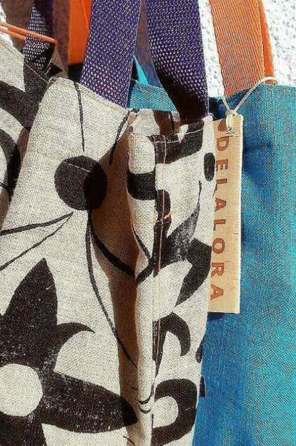 35d6e4e25 Bolsos de tela: cancheros, hiper funcionales y hechos en Argentina ...
