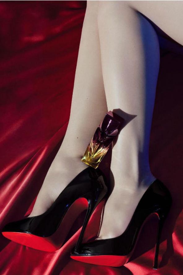 Las suelas rojas de los zapatos ya no serán sólo de